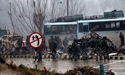 J&K: सुरक्षा बलों के मानवाधिकार को लेकर केंद्र व NHRC को नोटिस, सैन्यकर्मियों की बेटियों की याचिका पर सुप्रीम कोर्ट ने उठाया कदम
