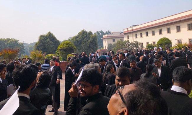COVID 19: लॉकडाउन के दौरान बार काउंसिल दिल्ली ने अधिवक्ताओं को वित्तीय सहायता देने की घोषणा की