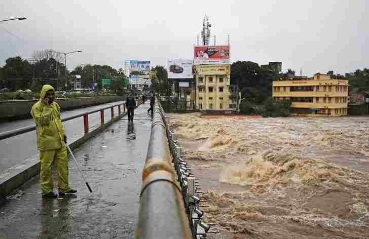 महाराष्ट्र की बाढ़ को मानव-कृत आपदा घोषित किया जाए, पूर्व सांसद ने बॉम्बे हाईकोर्ट को लिखा पत्र, पढ़िए यह पत्र
