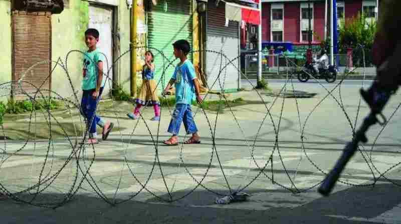 जम्मू- कश्मीर में क्या बच्चों को अवैध हिरासत में रखा जा रहा है, सुप्रीम कोर्ट ने जुवेनाइल जस्टिस कमेटी से मांगी रिपोर्ट