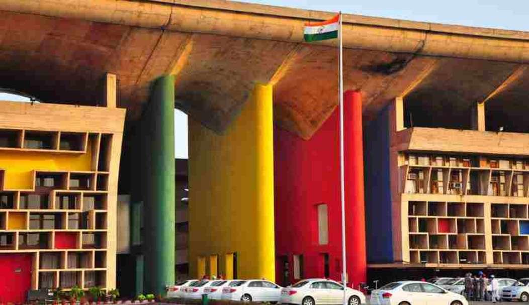 सुप्रीम कोर्ट कॉलेजियम ने पंजाब और हरियाणा  HC के न्यायाधीशों के रूप में 6 न्यायिक अधिकारियों की नियुक्ति का प्रस्ताव दिया