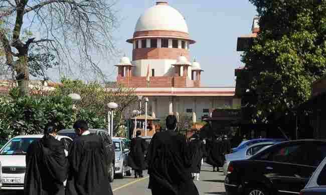 वकीलों द्वारा पलटे गए फैसलों का हवाला देना दुर्भाग्यपूर्ण : सुप्रीम कोर्ट