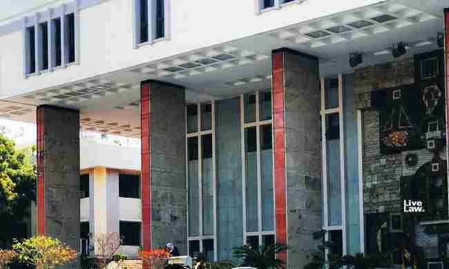 COVID- 19 : दिल्ली हाईकोर्ट ने कजाकिस्तान में फंसे छात्रों के कल्याण के लिए केंद्र सरकार को निर्देश दिए