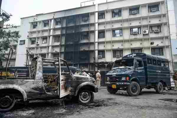 तीस हज़ारी विवाद : दिल्ली हाईकोर्ट ने गृह मंत्रालय द्वारा मांगे गए स्पष्टीकरण पर बार एसोसिएशन को नोटिस जारी किए