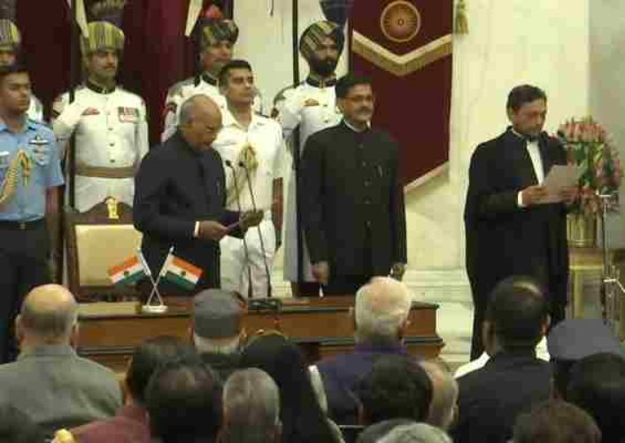 जस्टिस एस ए बोबडे बने देश के 47 वें मुख्य न्यायाधीश, राष्ट्रपति ने दिलाई शपथ