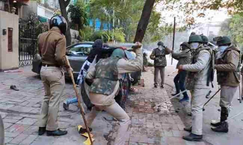 जामिया हिंसा : दिल्ली हाईकोर्ट ने छात्रों को अंतरिम संरक्षण देने से इनकार किया, सरकार से जवाब दाखिल करने को कहा