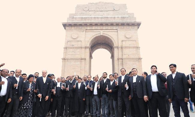 वकील कल्याण फंड : दिल्ली सरकार ने लाभार्थियों   के पंजीकरण के लिए ऑनलाइन आवेदन आमंत्रित किए