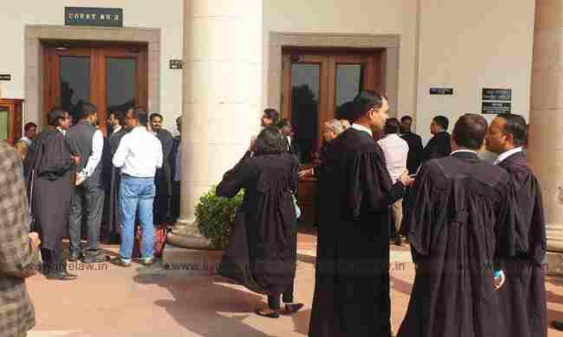 दिल्ली हाईकोर्ट ने अधिवक्ता कल्याण योजना को चुनौती देने वाली याचिका पर नोटिस जारी किया, अधिसूचना में सिर्फ दिल्ली के मतदाता वकीलों को योजना का लाभ