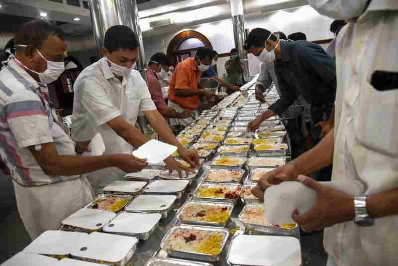 किसी अतिथि कामगार को भूखा नहीं रहने दिया  : केरल सरकार ने स्वतः संज्ञान मामले में सुप्रीम कोर्ट के सामने तथ्य रखे