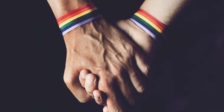 दिल्ली हाईकोर्ट ने नागरिकता अधिनियम, विशेष विवाह अधिनियम और विदेशी विवाह अधिनियम में समलैंगिक विवाह को मान्यता देने की याचिका पर नोटिस जारी किया