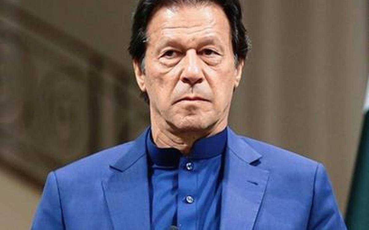 पाकिस्तानी सुप्रीम कोर्ट ने प्रधानमंत्री इमरान खान को अपनी पार्टी की कानूनी इकाई के लिए सार्वजनिक संपत्ति का कथित इस्तेमाल करने और SCBA के चुनाव प्रचार में शामिल होने पर नोटिस जारी किया