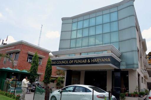 पंजाब एंड हरियाणा की बार काउंसिल ने दी चेतावनी,अगर 11 जनवरी तक कोर्ट के फिजिकल फंक्शनिंग का फैसला नहीं हुआ तो एजिटेशनल मोड अपनाएंगे