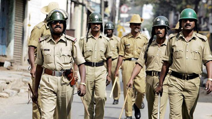 If Police Officials Are Unable To Comply With Courts Order Then They Are Unfit To Hold Their Post: Madras High Court
