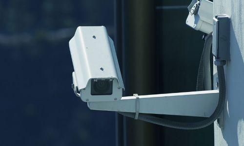 दिल्ली के स्कूलों में CCTV के फैसले को सुप्रीम कोर्ट में चुनौती, दिल्ली सरकार को नोटिस