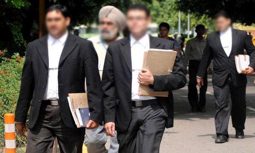 आखिर वकीलों को क्यों देनी चाहिए प्रो-बोनो (निशुल्क) कानूनी सहायता?: कुछ सुझाव