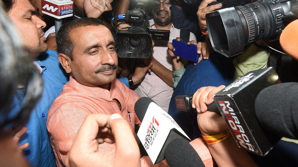 उन्नाव केस :  दिल्ली की अदालत ने कुलदीप सेंगर को बलात्कार पीड़िता के पिता की मौत के मामले में 10 साल की सज़ा सुनाई
