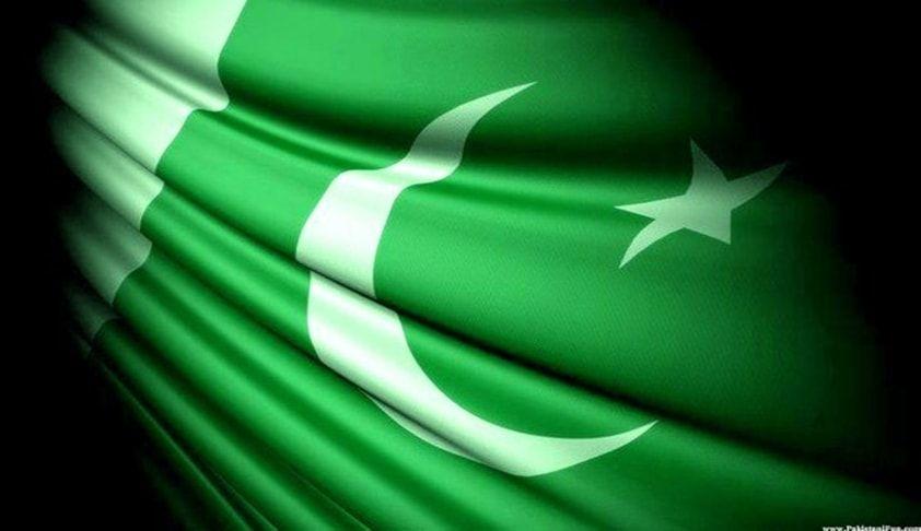 सुप्रीम कोर्ट ने पाक मुस्लिम लीग जैसे झंडे फहराने पर बैन लगाने की याचिका पर केंद्र को जवाब दाखिल करने को कहा