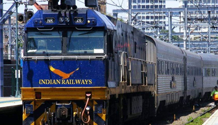 भले ही वह गलत ट्रेन में सवार हुआ और ट्रेन से उतरते हुए उसकी मौत हो गई , तब भी मृतक मुआवजे का हकदार, बॉम्बे हाईकोर्ट ने रेलवे को दिया 8 लाख रुपए देने का निर्देश