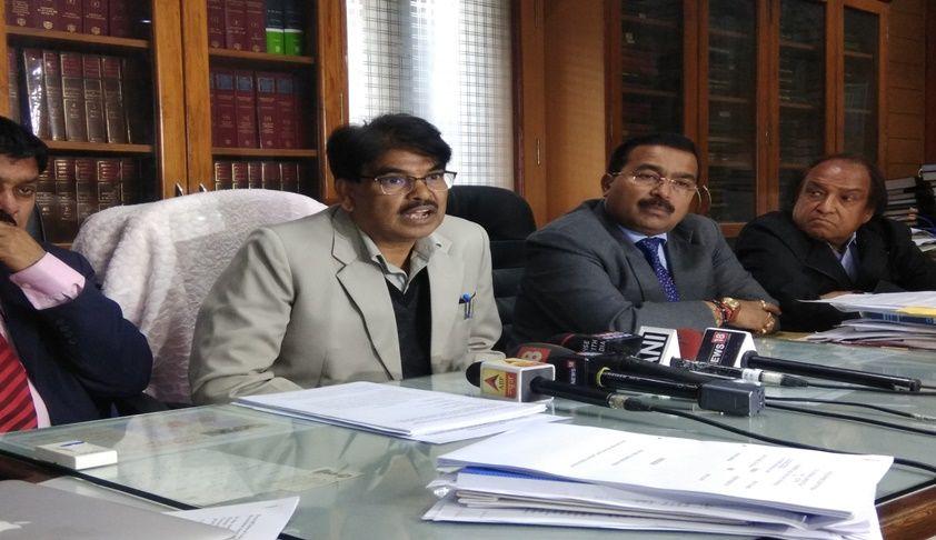 बीसीआई अध्यक्ष पद का दुरुपयोग कर मनन कुमार मिश्रा कैसे लड़ रहे हैं अपनी निजी और राजनीतिक लड़ाइयां?